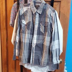 No Boundaries Button Down Shirt Size Large